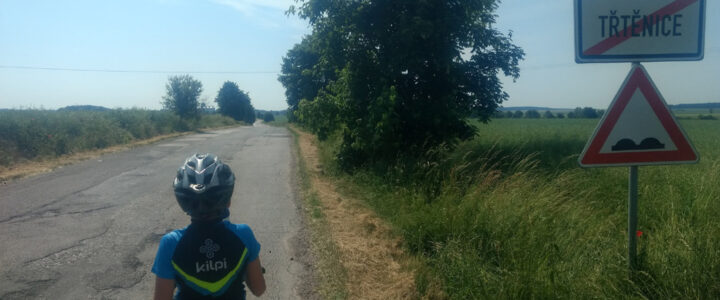 Na kole se synem